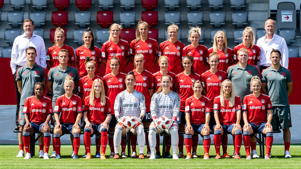 FC Bayern Muenchen Women's - Allianz Frauen Bundesliga Team Presentation [allianz,3rd row l-r,frauen bundesliga team presentation,team,team sport,social group,player,soccer player,red,sports,football player,ball game,sport venue,fc bayern muenchen women,robert spulak,thomas woerle,frank pohlmann,melanie leupolz,lucie vonkova,carina wenninger]
