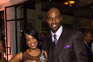 Niecy Nash Jay Tucker 2015 Entertainment Weekly Pre-Emmy Party - Inside