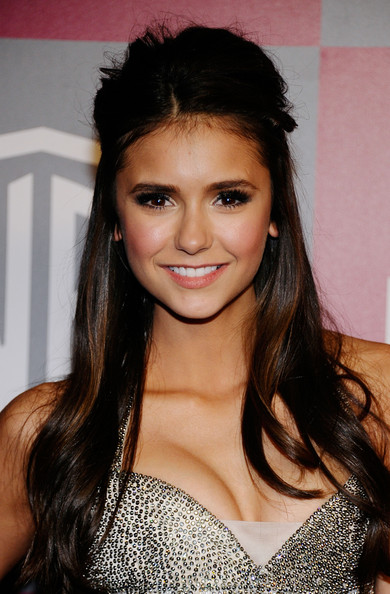 Nina Dobrev - 2011 InStyle/Warner Brothers Golden Globes Party - Arrivals