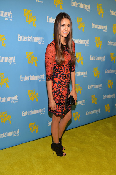 http://www2.pictures.zimbio.com/gi/Nina+Dobrev+Entertainment+Weekly+6th+Annual+9xwqSRFDxCql.jpg