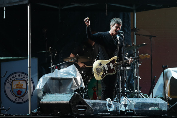 Noel Gallagher's High Flying Birds Perform In Sydney [performance,musician,music,entertainment,drums,concert,stage,performing arts,drum,musical instrument,sydney,australia,scg,noel gallaghers high flying birds]