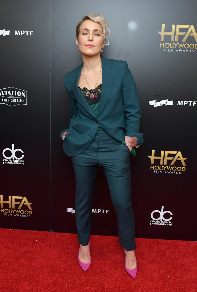 http://www2.pictures.zimbio.com/gi/Noomi+Rapace+21st+Annual+Hollywood+Film+Awards+1D4VeX1bQrlx.jpg
