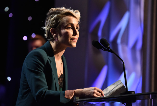 http://www2.pictures.zimbio.com/gi/Noomi+Rapace+21st+Annual+Hollywood+Film+Awards+1zU8xbqZ-lll.jpg