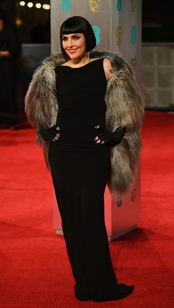 http://www2.pictures.zimbio.com/gi/Noomi+Rapace+EE+British+Academy+Film+Awards+4qnPEp0OLzux.jpg