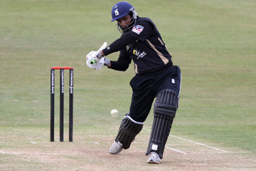 Mohammad Yousuf Northamptonshire v Warwickshire - Clydesdale Bank 40