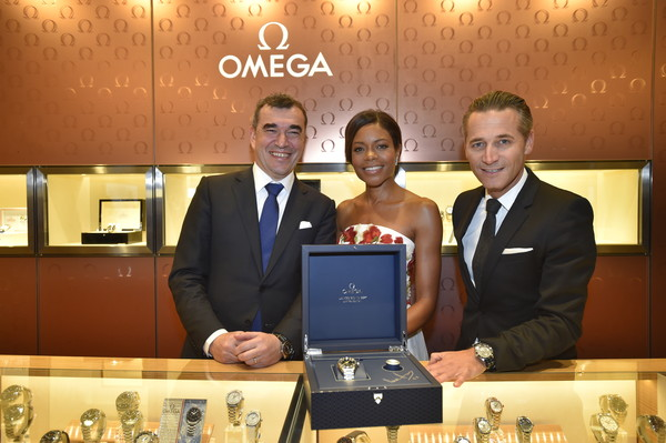 OMEGA and Naomie Harris Celebrate the Release of 'Spectre' in Japan