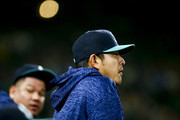 Hisashi Iwakuma Photos Photo