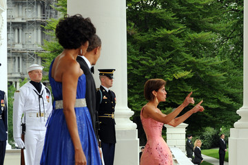 Capricia Penavic Marshall Obamas Greet Mexican Counterparts As They Arrive For State Dinner
