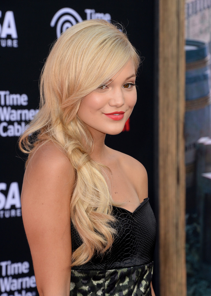 "Olivia Holt - Premiere Of Walt Disney Pictures' ""The Lone Ranger"" - Arrivals"