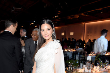 Olivia Munn 2019 Baby2Baby Gala Presented By Paul Mitchell - Inside