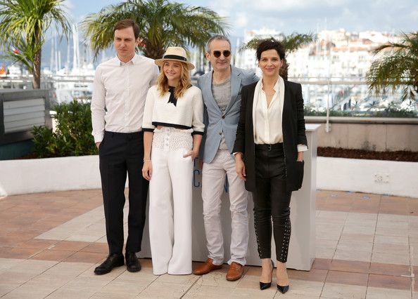 'Clouds of Sils Maria' Photo Call at Cannes — Part 2 [clouds of sils maria,photograph,suit,event,white-collar worker,real estate,photography,formal wear,ceremony,businessperson,tourism,olivier assayas,juliette binoche,actors,chloe grace moretz,lars eidinger,photocall,l-r,cannes,cannes film festival]