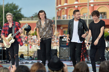 One Direction Splits into Four Solo Directions