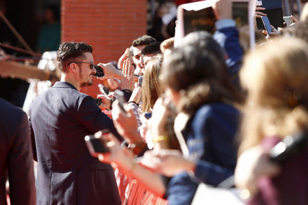 http://www2.pictures.zimbio.com/gi/Orlando+Bloom+Romans+Red+Carpet+12th+Rome+0sgok3I7ruVl.jpg