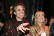 Timothy Olyphant and Radha Mitchell Photos Photo