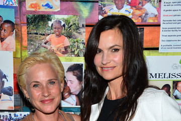 Patricia Arquette Rosetta Getty GiveLove 2nd Annual Art Auction And Fundraiser For Haiti With Patricia Arquette & Rosetta Getty