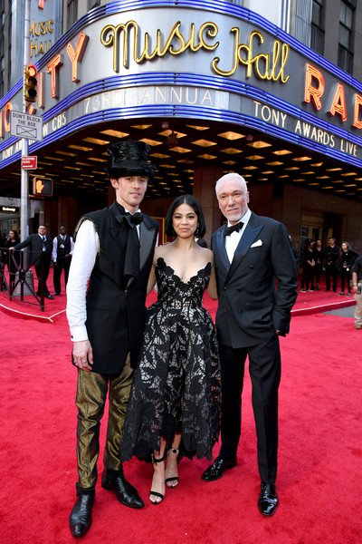 73rd Annual Tony Awards - Red Carpet [red carpet,red carpet,carpet,premiere,event,flooring,public event,dress,performance,suit,formal wear,reeve carney,patrick page,eva noblezada,new york city,radio city music hall,tony awards]