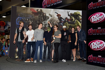 """Paul Bettany Elizabeth Olsen Marvel's """"Avengers: Age Of Ultron"""" Booth Signing During Comic-Con International 2014"""