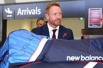 Paul Collingwood Joe Root of England Arrives in Australia Ahead of Ashes Series