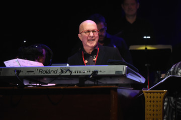 Paul Shaffer 'Love Rocks NYC! A Change is Gonna Come: Celebrating Songs of Peace, Love and Hope' A Benefit Concert for God's Love We Deliver - Inside