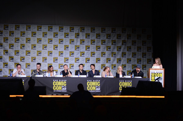 Comic-Con International 2016 - 'The Vampire Diaries' Panel [the vampire diaries,text,yellow,event,convention,stage,talent show,news conference,font,stage equipment,performance,julie plec,kevin williamson,samantha highfill,actors,writer,actors,zach roerig,panel,comic-con international 2016]