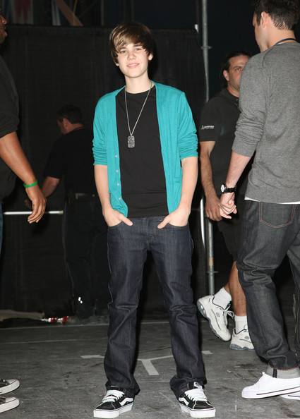 Singer Justin Bieber backstage at the Pepsi Super Bowl Fan Jam on February 4, 2010 in Miami Beach, Florida.