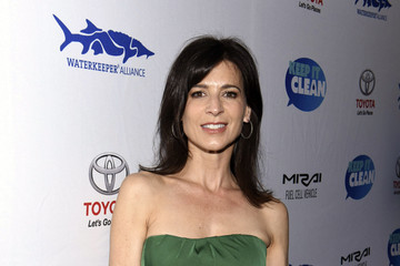 Perrey Reeves Keep It Clean To Benefit Waterkeeper Alliance Live Earth Day Comedy Benefit
