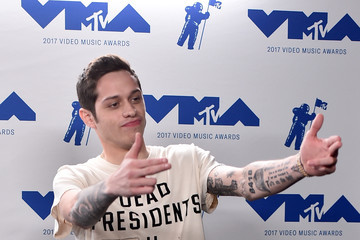 Pete Davidson 2017 MTV Video Music Awards - Press Room