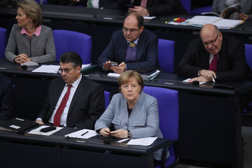 Peter Altmeier Bundestag Debates Refugees' Rights to Bring Their Families to Germany