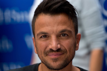 Peter Andre Peter Andre Signs Copies of His New Book 'Between Us'