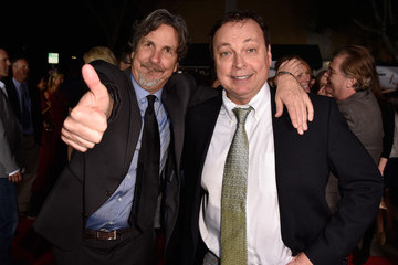 "Peter Farrelly Bobby Farrelly Premiere Of Universal Pictures And Red Granite Pictures' ""Dumb And Dumber To"" - Arrivals"
