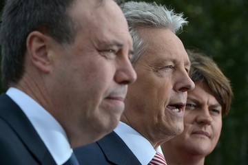 Peter Robinson Cross Party Crisis Talks Continue Stormont