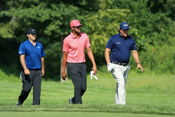 Phil Mickelson Tony Finau The Northern Trust - Round Two