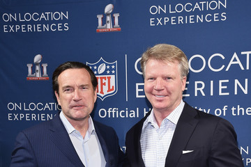 Phil Simms On Location Experiences Hosts '51 Days To Super Bowl LI' Celebration