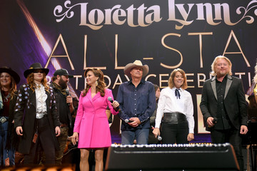 Phillip Sweet Loretta Lynn: An All-Star Birthday Celebration Concert