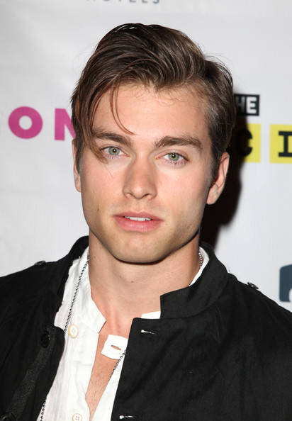 how tall is pierson fode