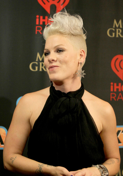 Pink the singer pictures pink singer pink appears