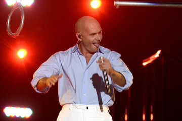 Pitbull Inside the 'American Idol' Finale at the Nokia Theatre