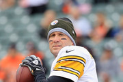 Ben Roethlisberger #7 of the Pittsburgh Steelers  warms up prior to the start of the game against the Cincinnati Bengals at Paul Brown Stadium on October 14, 2018 in Cincinnati, Ohio.