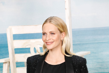 Poppy Delevingne Chanel: Photocall - Paris Fashion Week Womenswear Spring/Summer 2019