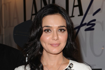Preity Zinta Lancia Cafe Hosts 'Premio Kineo' Awards - September 4, 2011