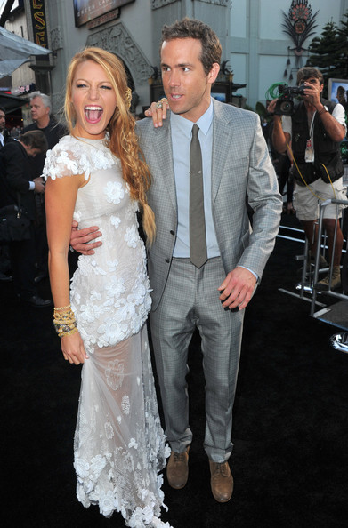 blake lively and ryan reynolds dating. Actors Blake Lively (L) and