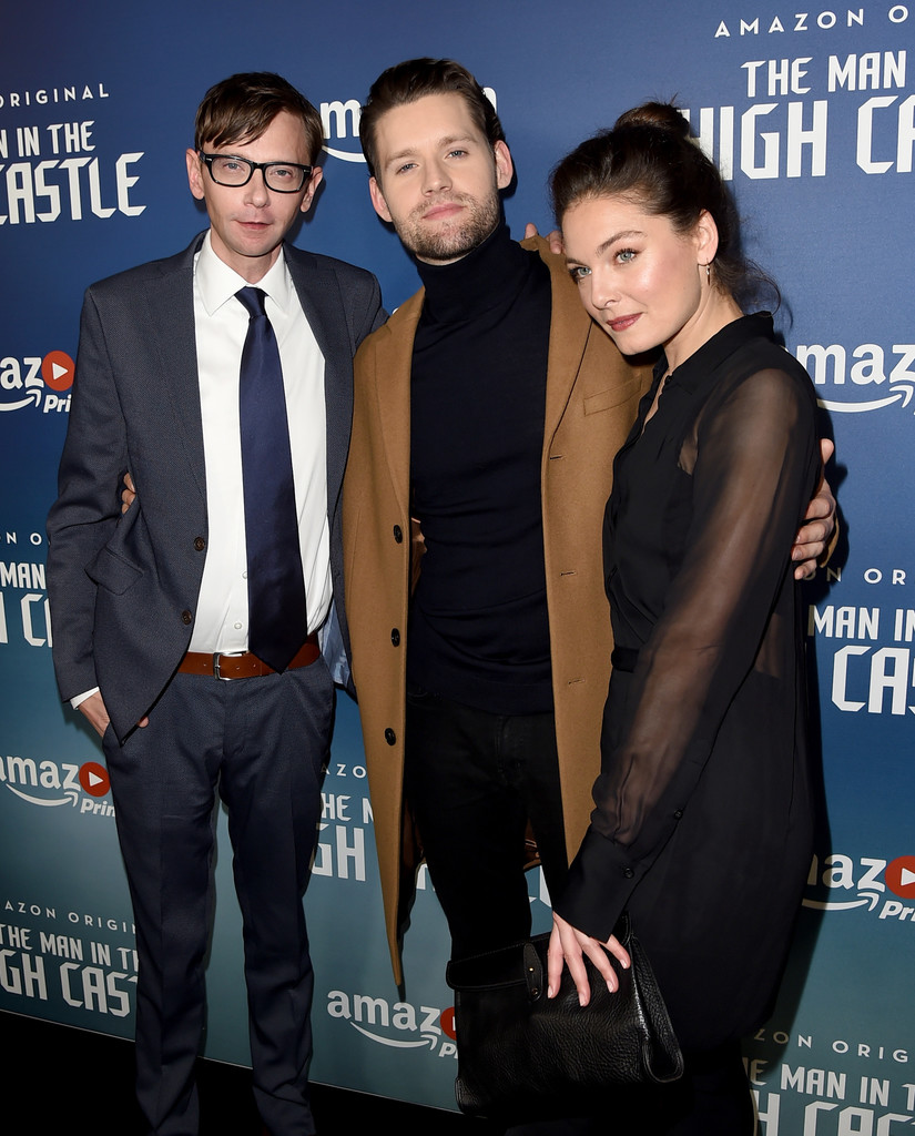 dj qualls premiere of amazons man in the high castle season 2 red