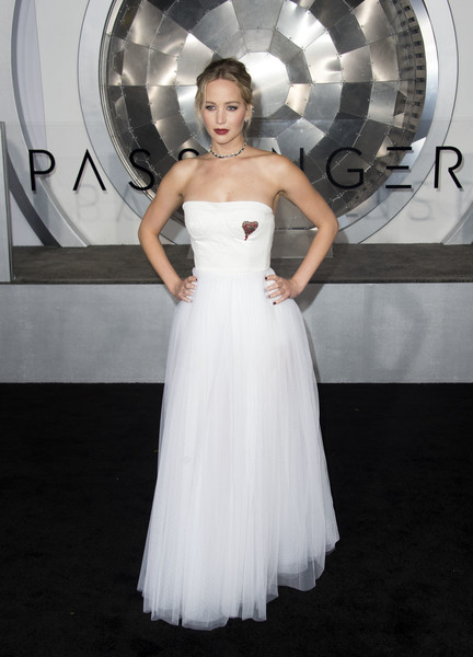 Premiere Of Columbia Pictures' 'Passengers' - Arrivals