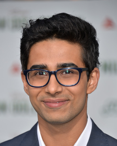 suraj sharma in million dollar arm premieres in