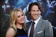 Actress Anna Paquin (L) and actor Stephen Moyer arrive at the premiere of HBO's