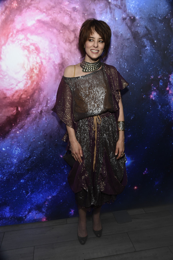 Parker Posey Parker Posey Photos Premiere Of Netflix S Lost In Space Season 1 After Party Zimbio
