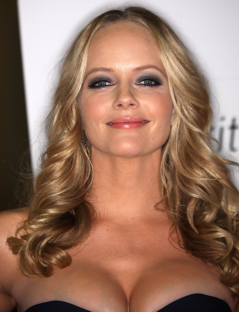 Marley Shelton Photos Photos - Premiere Of (UNTITLED ...