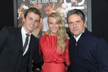 """Julianne Hough Kenny Wormald Premiere Of Paramount Pictures' """"Footloose"""" - Red Carpet"""