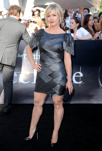 8c4d9c8ac0f Actress Jennie Garth arrives to the premiere of Summit Entertainment s
