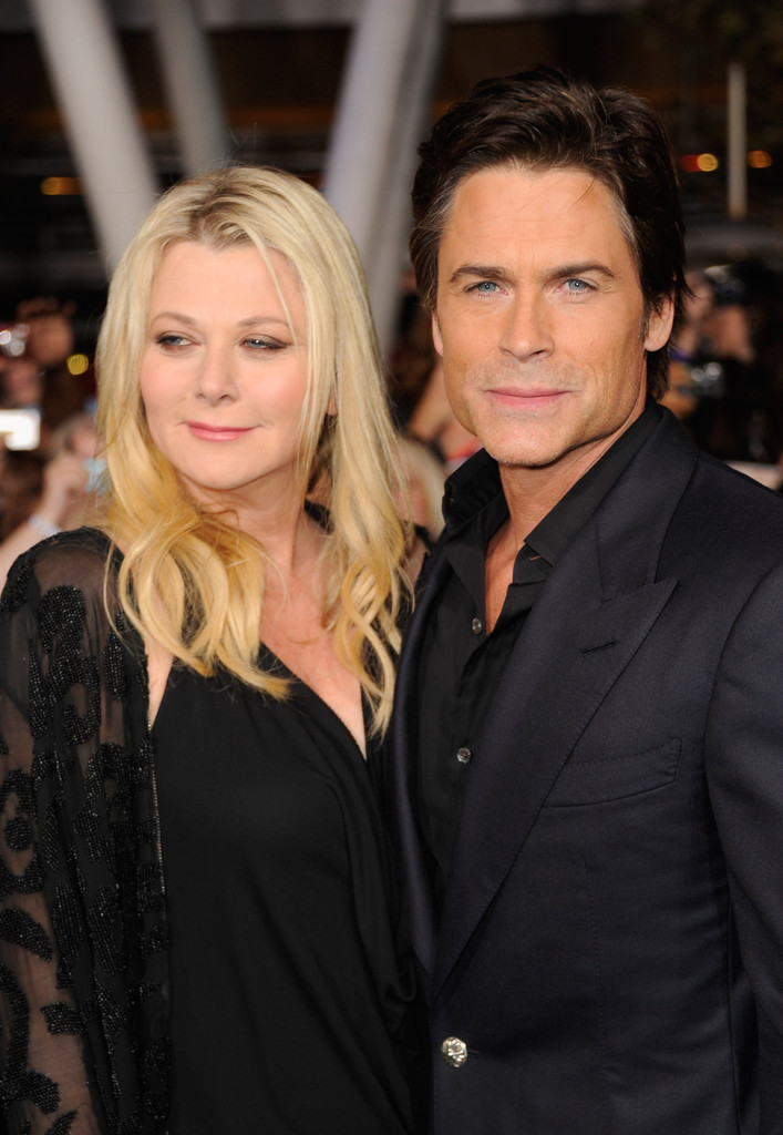rob lowe and sheryl berkoff photos photos the premiere. Black Bedroom Furniture Sets. Home Design Ideas